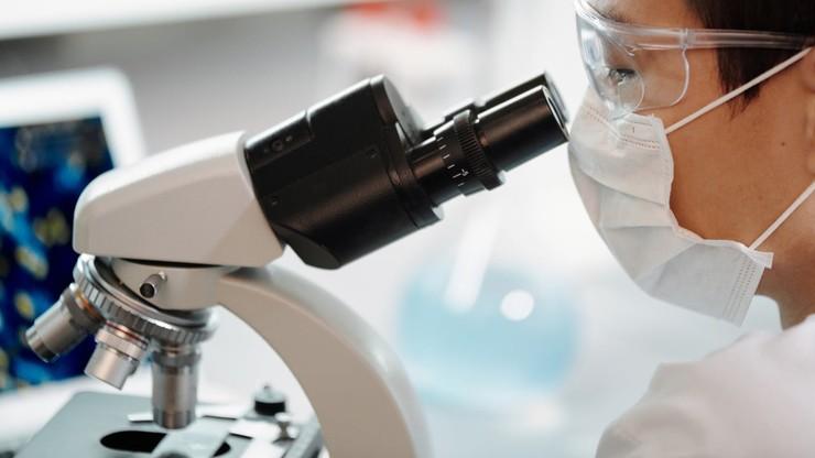 Szef WHO żąda śledztwa ws. hipotezy o ucieczce koronawirusa z laboratorium