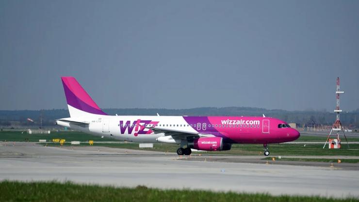 Awaryjne lądowanie w Pyrzowicach. Na pokładzie 153 osoby