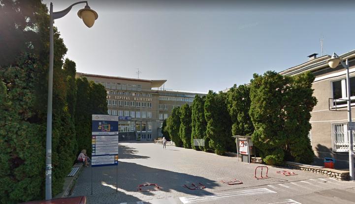Koronawirus w szpitalu w Lublinie. W kwarantannie 16 lekarzy i 31 pielęgniarek